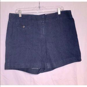 "NWT Ann Taylor 6"" Flat Front Denim Straight Shorts"